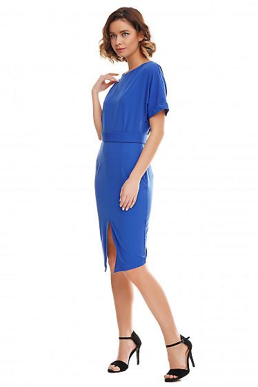 Купить платье электрик с несимметричным низом. Деловая женская одежда фото