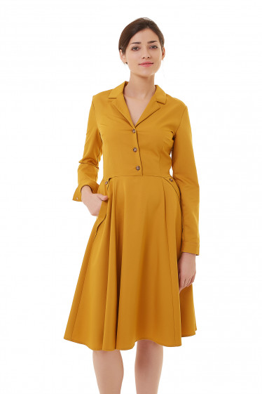 Платье горчичное с карманами Деловая женская одежда фото