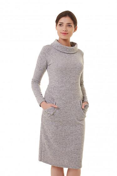 Платье трикотажное серое с воротом. Деловая женская одежда