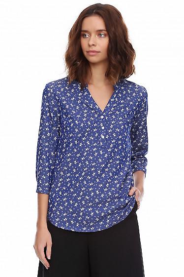 Купить блузку голубую из тонкого джинса. Деловая женская одежда фото
