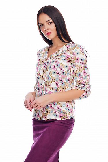 Блузка молочная в бежевые и розовые цветочки Деловая женская одежда фото