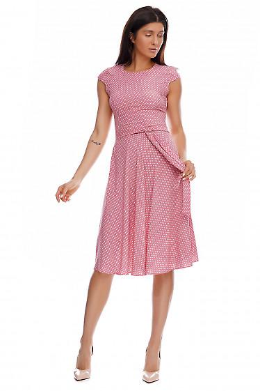 Купить платье розовое в мелкий белый горох. Деловая женская одежда фото