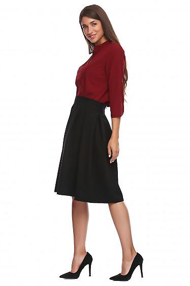 Купить юбку черную в складку. Деловая женская одежда фото