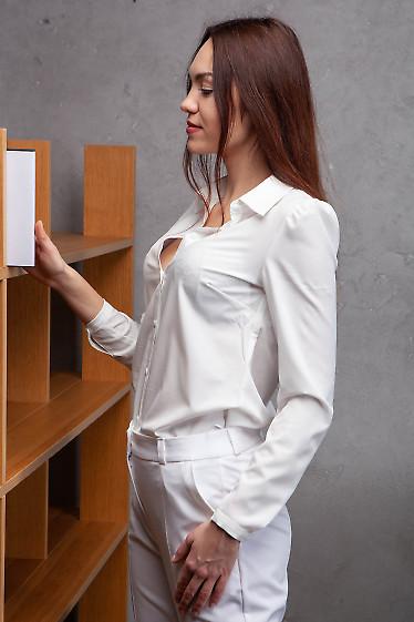 Купить блузку белую просторную. Деловая женская одежда фото