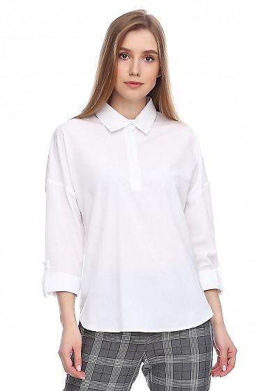 Блузка белая со спущенными рукавом. Деловая женская одежда фото