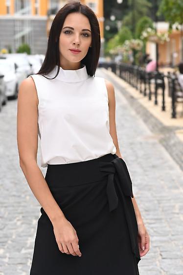 Блузка белая со стойкой. Деловая женская одежда