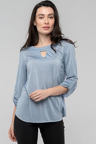 Блузка нежно-голубая с патой. Деловая женская одежда фото