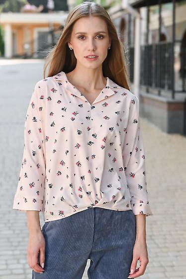 Блузка розовая со складками и резинкой на поясе. Деловая одежда
