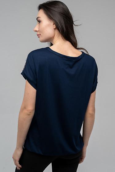 Трикотажная блузка с синей спиной
