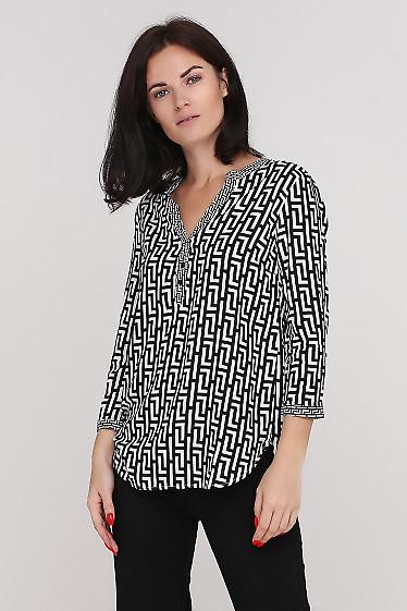 Блузка в черную геометрию Деловая женская одежда фото