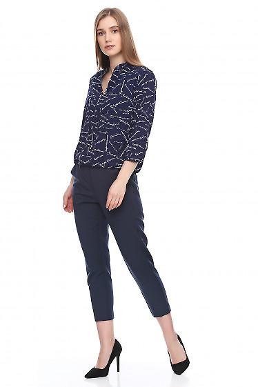 Купить утепленные синие брюки. Деловая женская одежда фото