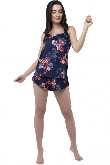 Пижама женская шелковая в цветы. Деловая женская одежда