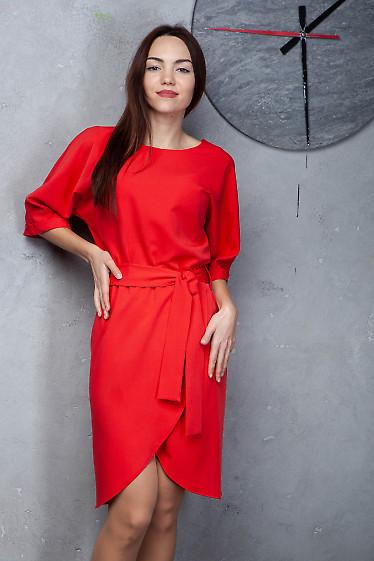 Платье красное с юбкой на запах. Деловая женская одежда фото