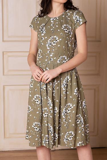Платье оливковое с защипами. Деловая женская одежда фото