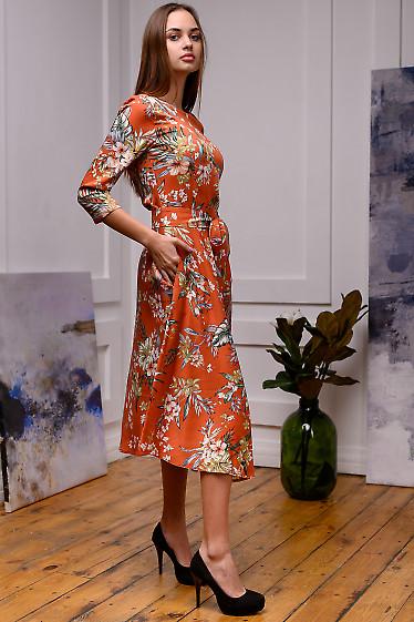 Женское рыжее платье в цветочный принт фото