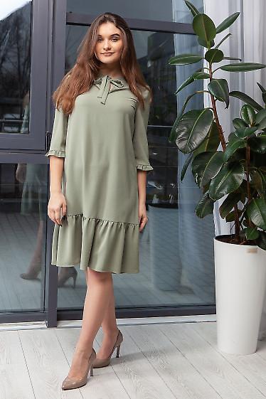 Купить платье серое с оборкой. Деловая женская одежда фото