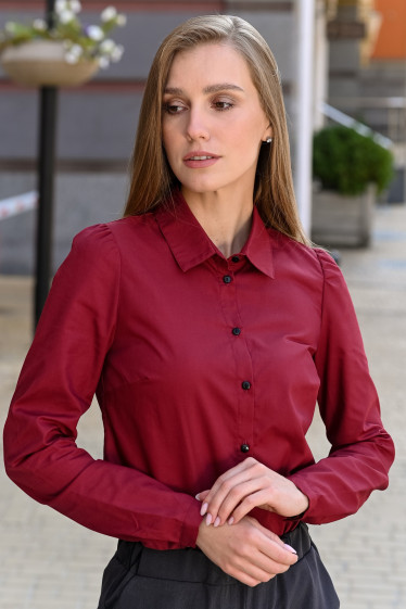Рубашка женская бордовая фото