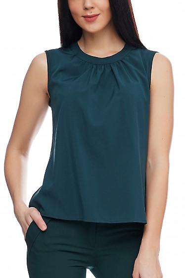 Топ темно-зеленого цвета. Деловая женская одежда