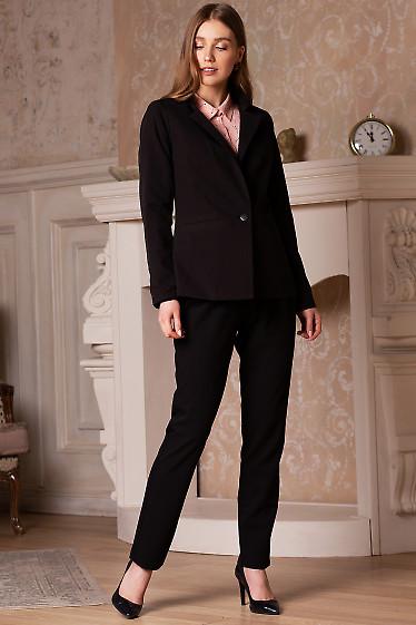 Купить жакет чёрный женский удлиненный со стойкой. Деловая женская одежда фото