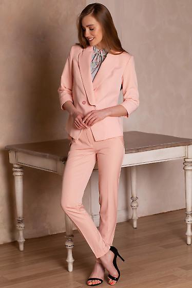 Купить Жакет персиковый на запах. Деловая женская одежда фото
