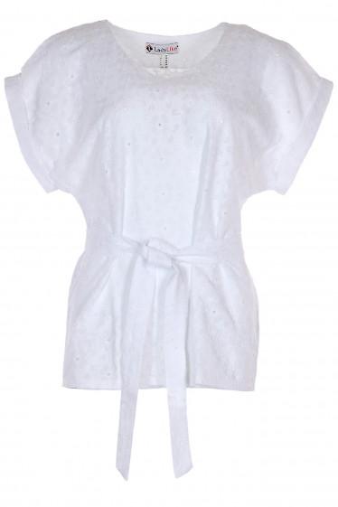 Блузка белая из прошвы. Деловая женская одежда фото