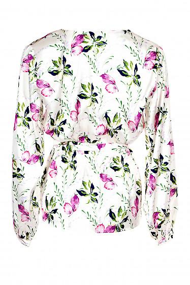 Купить нарядную молочную шелковую блузку. Деловая женская одежда фото