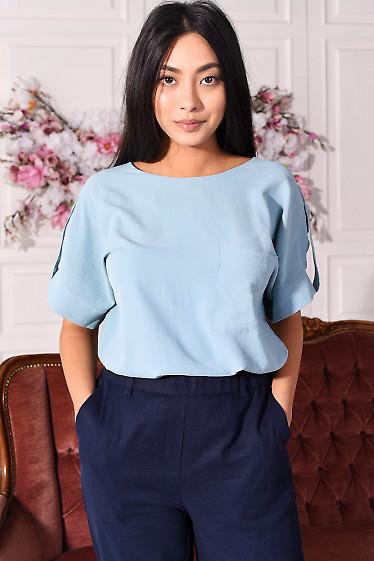 Блузка с удлиненной спинкой голубая. Деловая  женская одежда