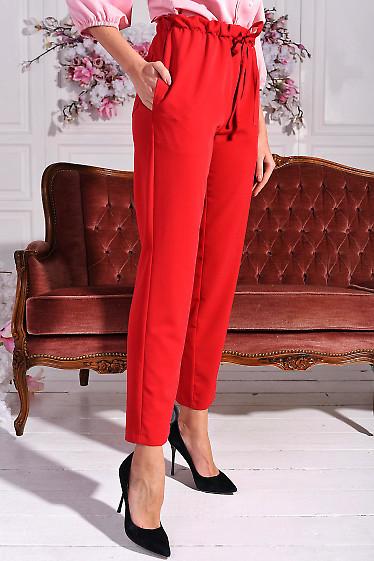 Красные летние брюки с карманами по бокам