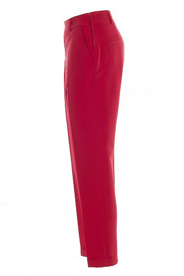 Яркие красные женские брюки. Деловая женская одежда фото