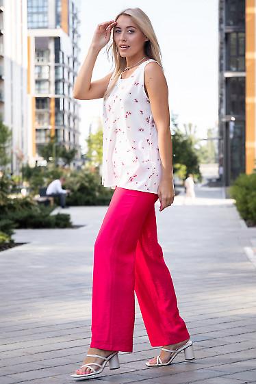 Летние малиновые женские прямые брюки. Женская одежда фото
