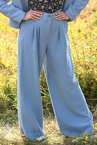 Брюки палаццо женские голубые. Деловая женская одежда фото