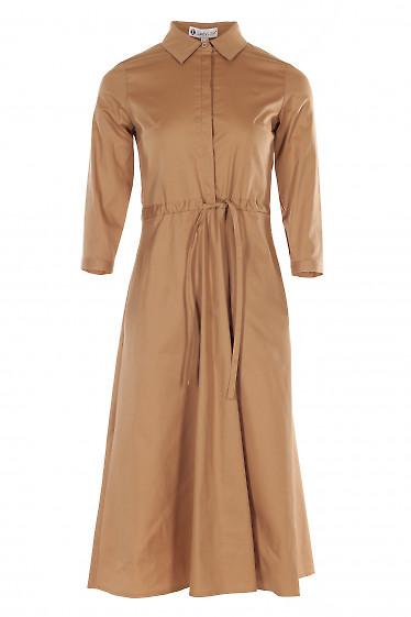 Платье бежевое с кулисой. Деловая женская одежда фото