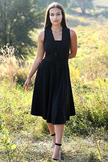 Платье черное со встречной складкой. Деловая женская одежда фото