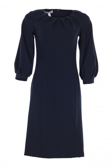 Платье нарядное синее с защипами. Деловая женская одежда фото