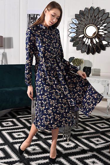 Синее платье в цветы с пышной юбкой