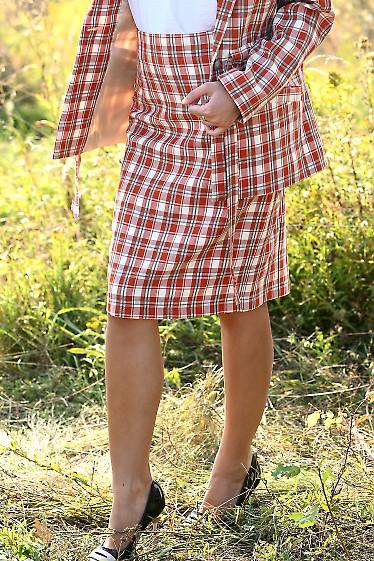 Купить юбку с бело-рыжую клетку. Деловая женская одежда фото